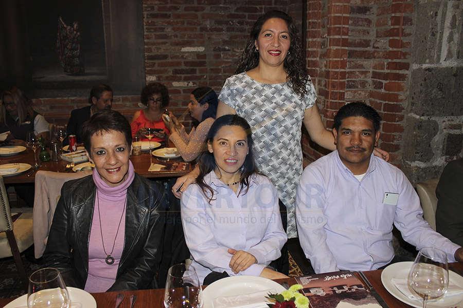 Nuria Maldonado, Araceli García, Marcela Sánchez y José Miguel Vanegas