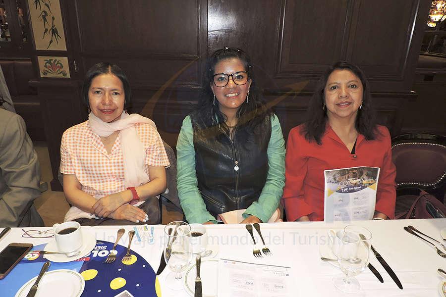 Margarita García, Cristina del Rosario y Rosa Ruíz