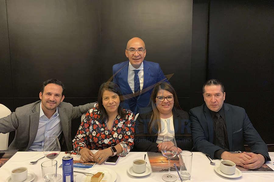 José Trauwitz, Vicky Olguín, Erwin Romero, Alexis Serna y Francisco González