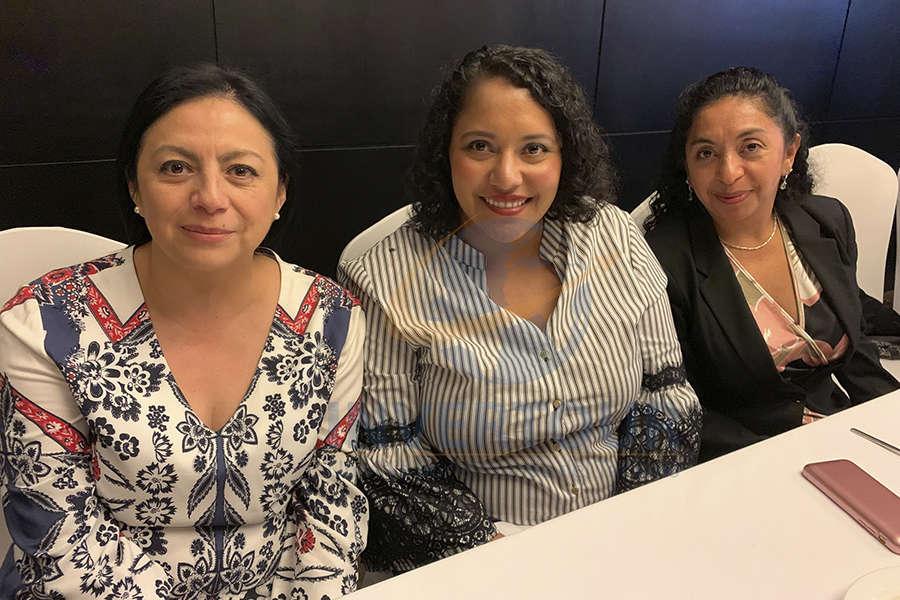 Claudia Garduño, Blanca Sánchez y Rosa Marina Camacho