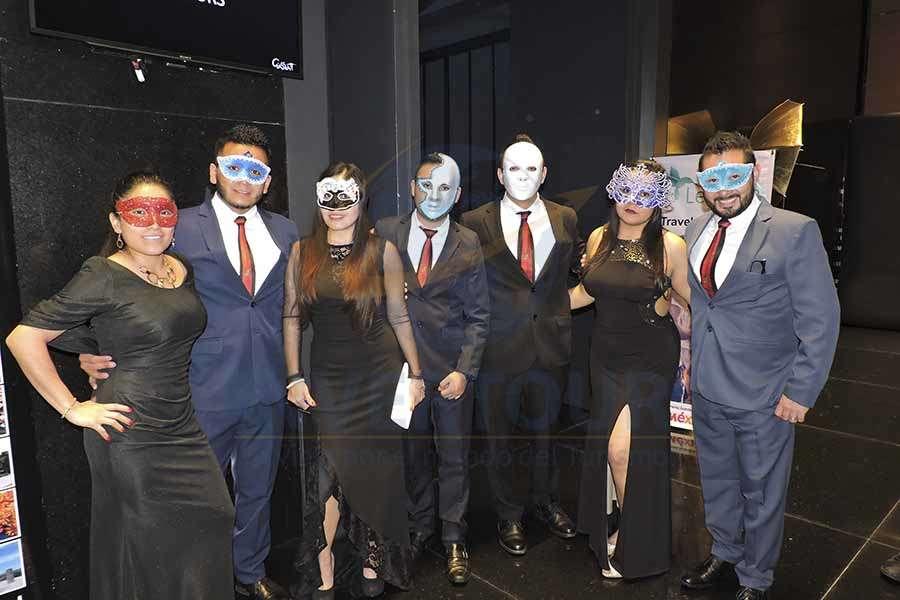 Mayte Chamán, Juan Olmos, Nelly Rivera, Valentín Lugo, Héctor Cruz, Yoseline Carrera y Carlos González