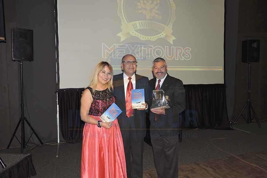 Alicia Mejía, José́ Monje y Jorge Mejía