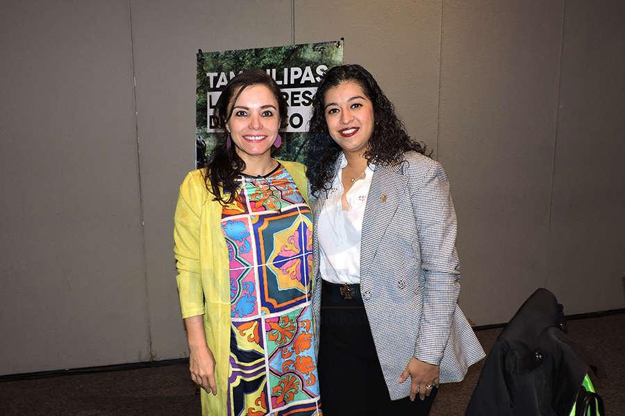 Carla García con Alicia Noguez