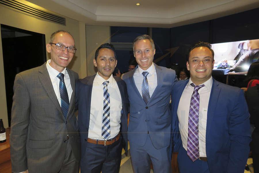 Roberto Daniele, Joel Arroyo, Sean Lutkenhouse y Raúl Méndez