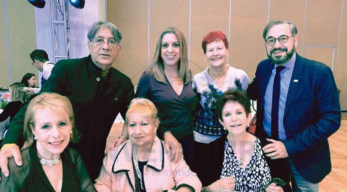Alicia Terán, Carlos Ruiz, Rosa Martha Brown, Esther Pujol, Murielle Zarazúa, Doris Stempa y Carlos Samanez