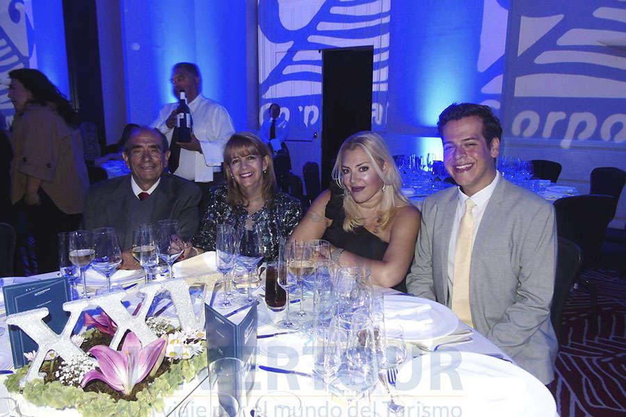 Rodolfo Curiel, Graciela Abud, Erika Badillo y Enrique Segura