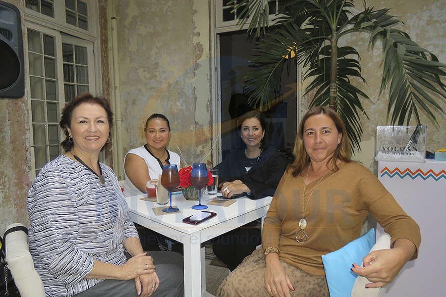 Lourdes Roldán, Patricia Calleja, Martha Felgueres y Laurence Aquilina