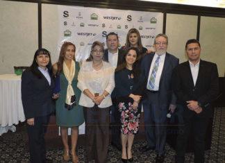 Guadalupe Barrera, Nora Martinez, Lourdes Castillo, Roberto Hernandez, Carla Ponce, Lorena Gutiérrez, Jorge Sales y José Luis Pimienta