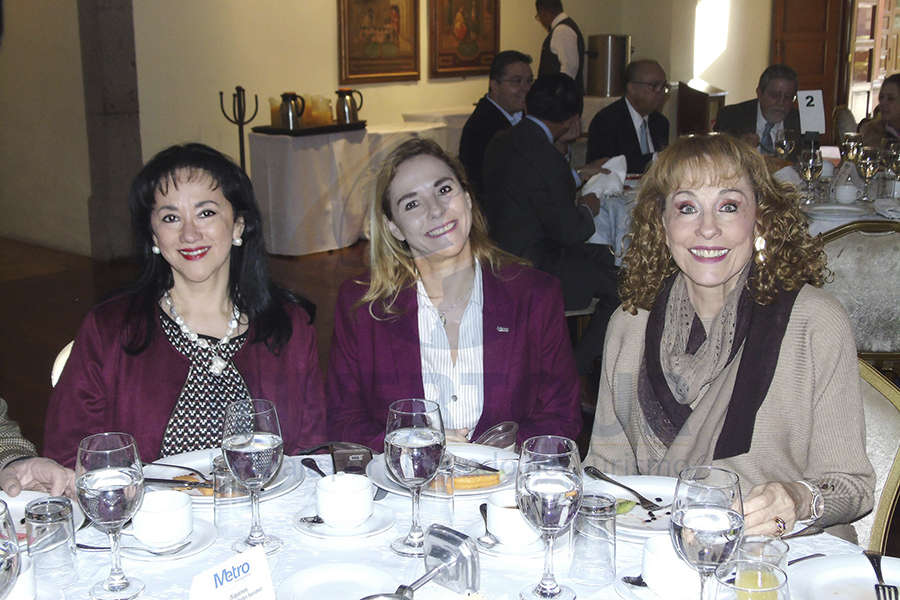 Yarla Covarrubias, Karin Baldamus y Maru Denigris