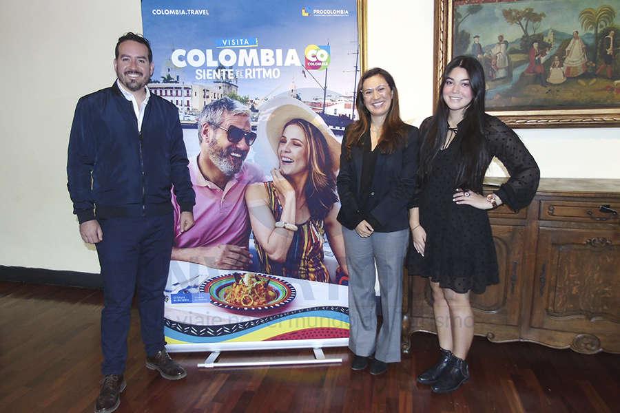 Jorge Bonilla, Andrea Daza y Angélica Torres