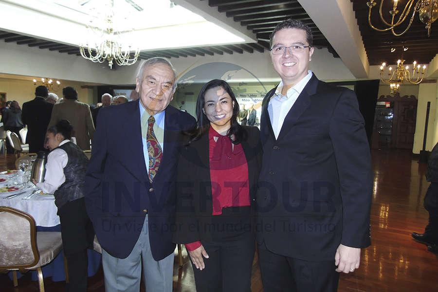 Alfredo Torres, Sandra Luna y Gerardo Sosa