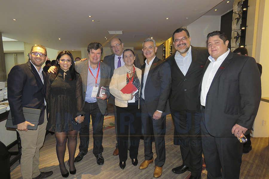 Esteban Velásquez, Mariana Pérez, Patrick Patron, Arturo Ibargüen, Sylvia Esquivel, Jaime Díaz, Octavia Aguilar y Emmanuel Delgado