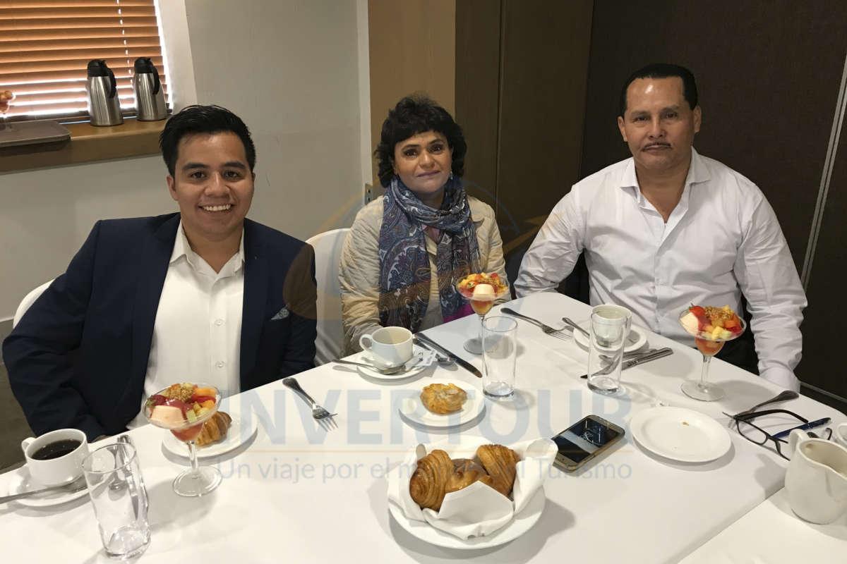 Carlos Aguilera, Gricelda Carapia y Emilio García