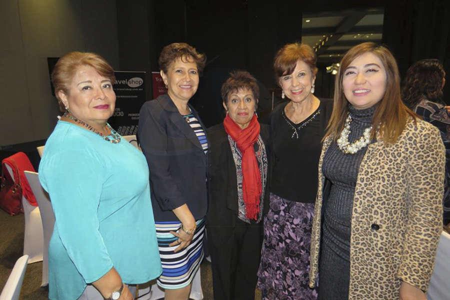 Mary Ledezma, Elena Mac, Beatríz Fragoso, Silvia Gómez y Brisa Amaya
