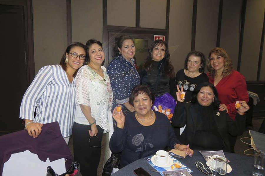 Ana Laura Serrano, Blanca Olivera, Rita Torres, Luz María Larrondo, Elizabeth González, Rosario Godín, Laura Jaramillo y Guadalupe González