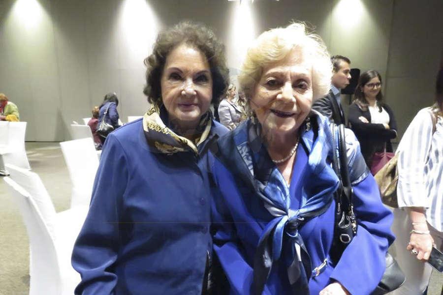 Amalia Cobain y Linda Ferrer