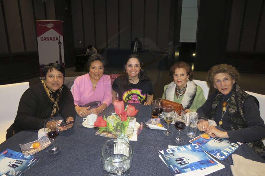 Angélica González, Marisela Hidalgo, Carla Ponce, Beatriz Casola y Magdi Fierro
