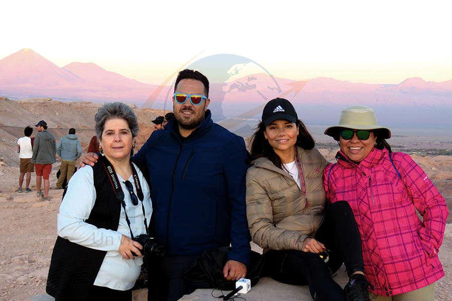 Yvette Vinay, Óscar Isgleas, Marina Ruiz y Erika Barrera