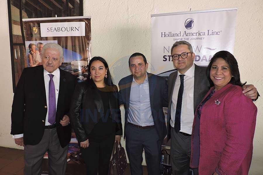 Julio Laguna, Katia Barrera, Mauricio Bustamante, Julio Laguna López y Blanca Olivera