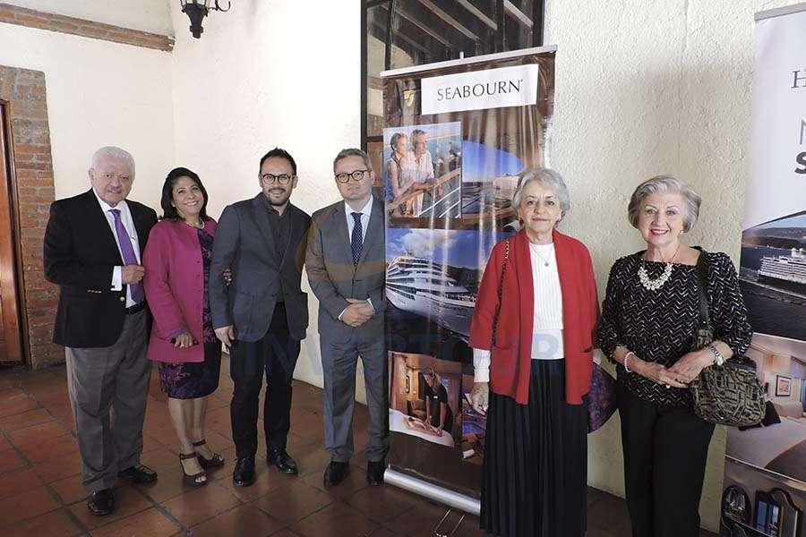 Julio Laguna, Blanca Olivera, Jesús Martínez Jr., Julio Laguna López, Ana Soto y Maria Luisa Luengas