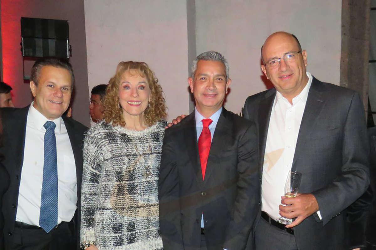 Marco Antonio Cárdenas, Maru Denigris, Jaime Díaz y Arturo Ibargüen