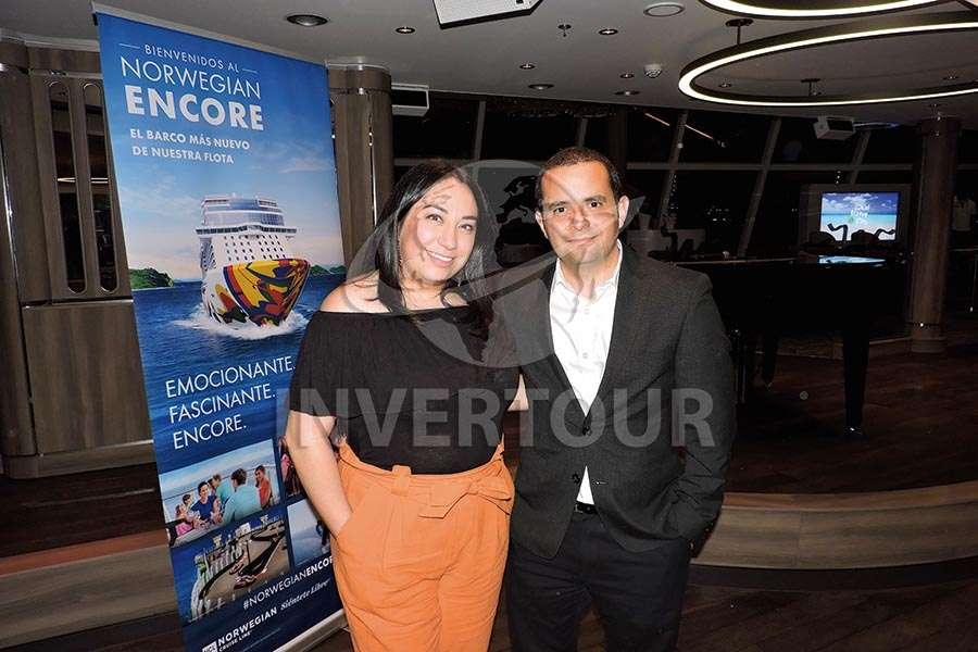 Katia Barrera y Mauricio Bustamante