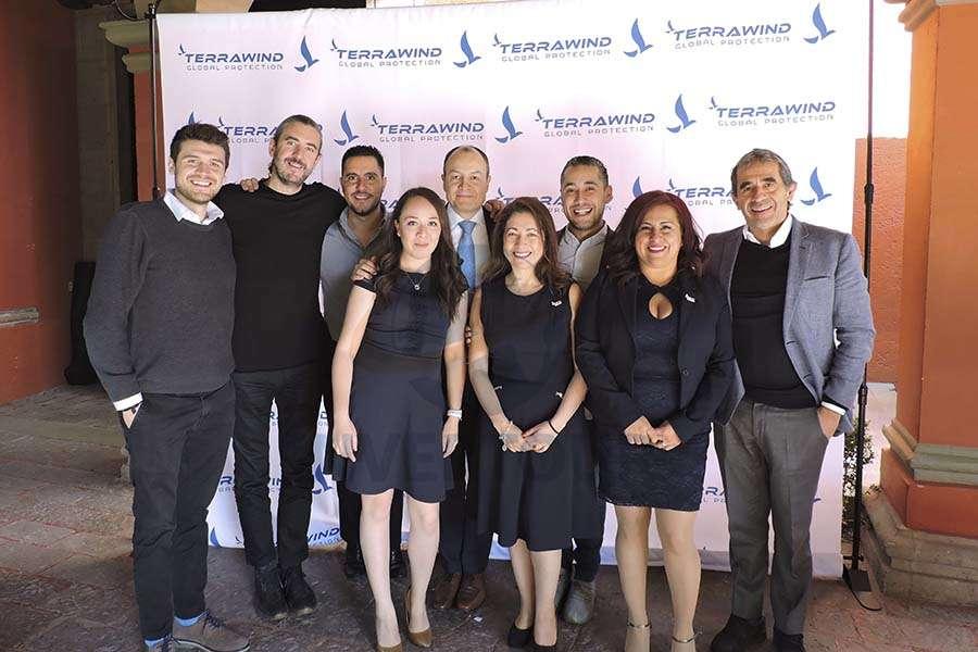 Max Ortega, Jordi Llorens, Iván López, Angie Macías, Carlos Fernández, Claudia Vásquez, Rubén Mora, Paty García y Ulises Ortega