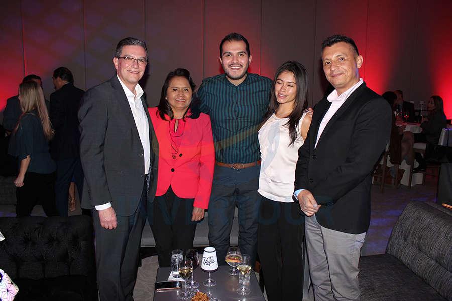 Daniel Gómez, Isabel Parada, Jorge Martínez, Lizbet Naranjo y Francisco Bravo