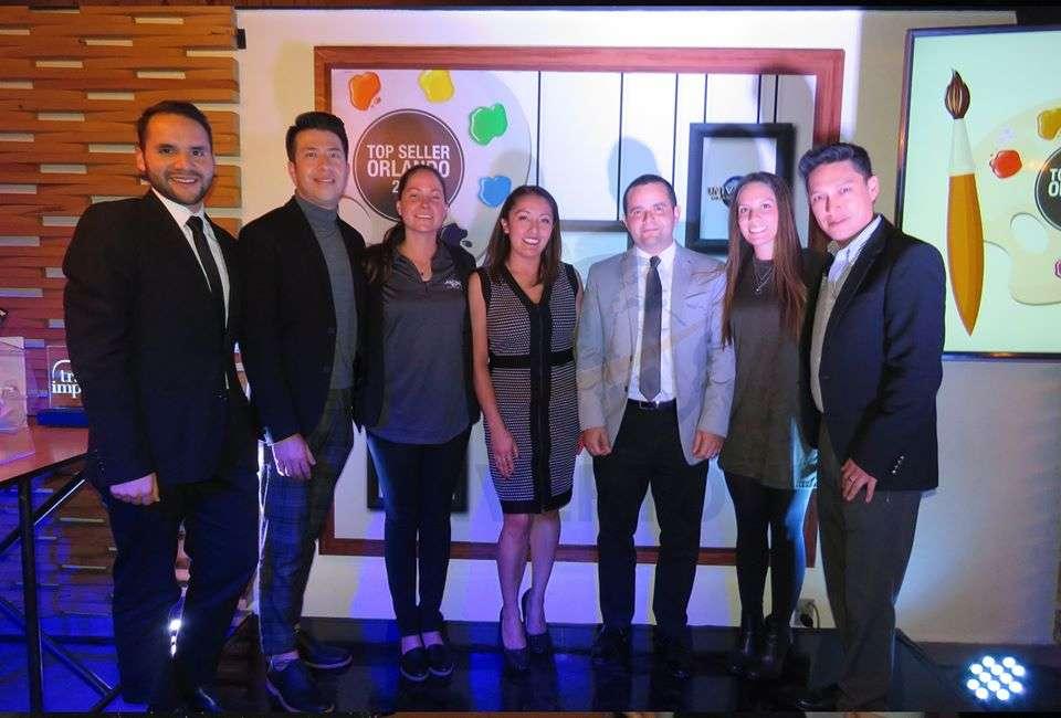 Sergio Sandoval, Cesar Ortega, Diana Díaz, Flor Guerrero, Mauricio Bustamante, Dani Madrid e Ismael Borja