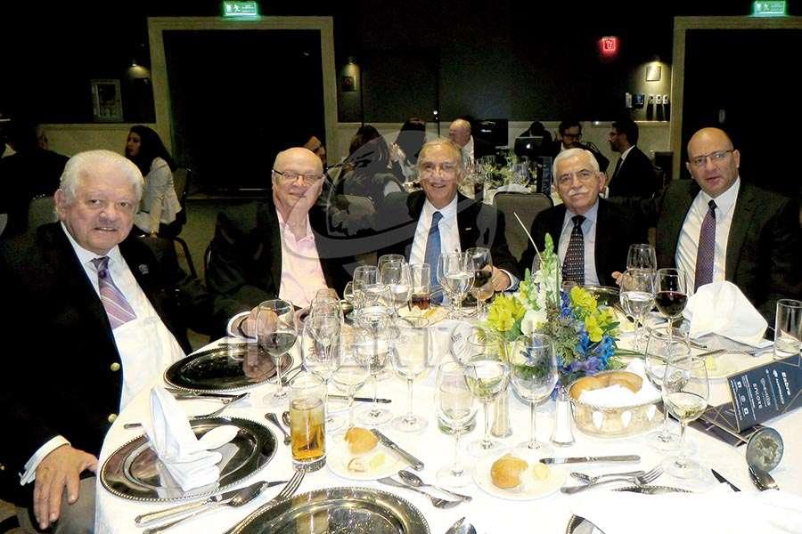 Julio Laguna, René Bolívar, Virgilio Garza, César Romero y Arturo Ibarguen