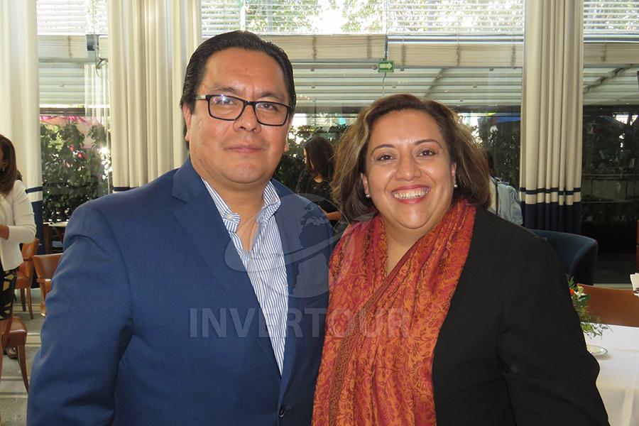 Cosme Pérez y Mayte Camacho