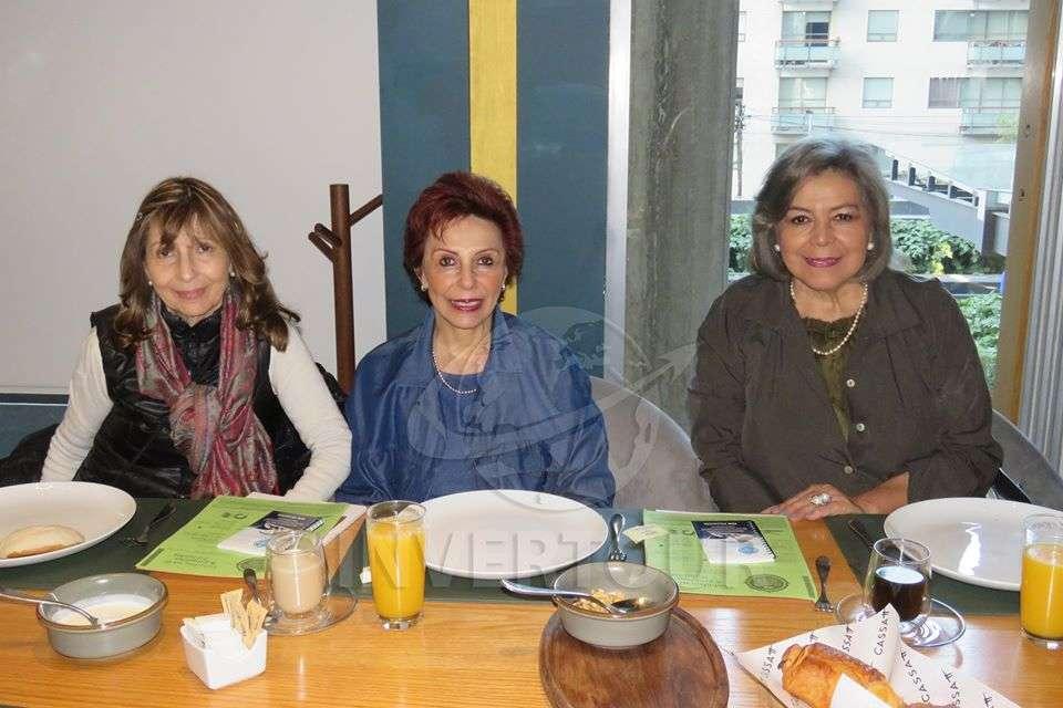 Esmeralda Mathieu, Consuelo Mathieu y Guadalupe Camacho