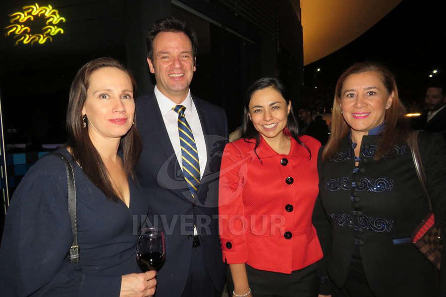 Rebeca Zapata , José Zapata, Sandra Luna y Sylvia Esquivel