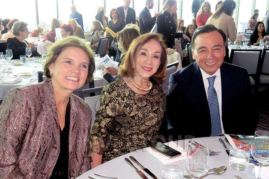 Blanca Herrera, Teresita Luna y Josué Meza