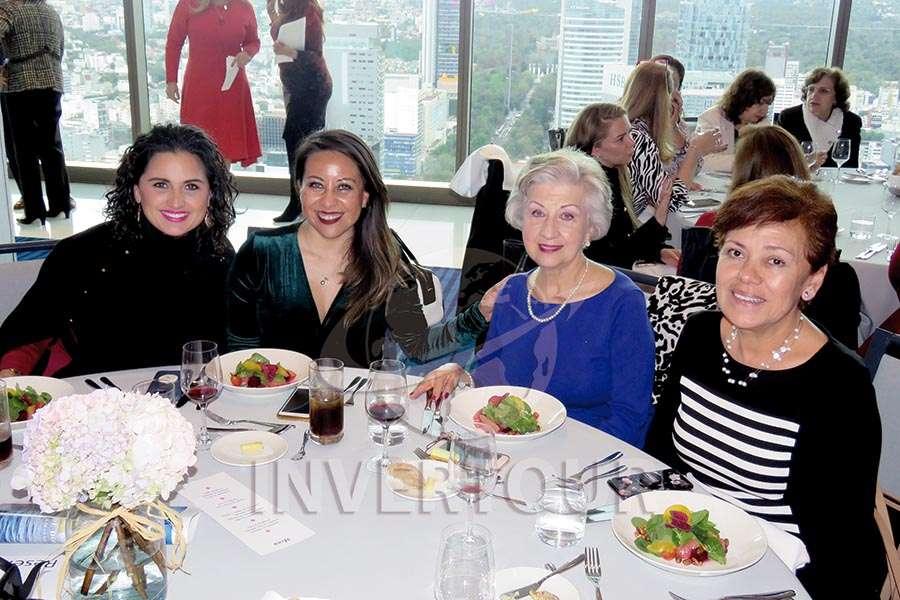 Mónica Espinosa, Marisol Obregón,  María Luisa Luengas y Laura Acevedo