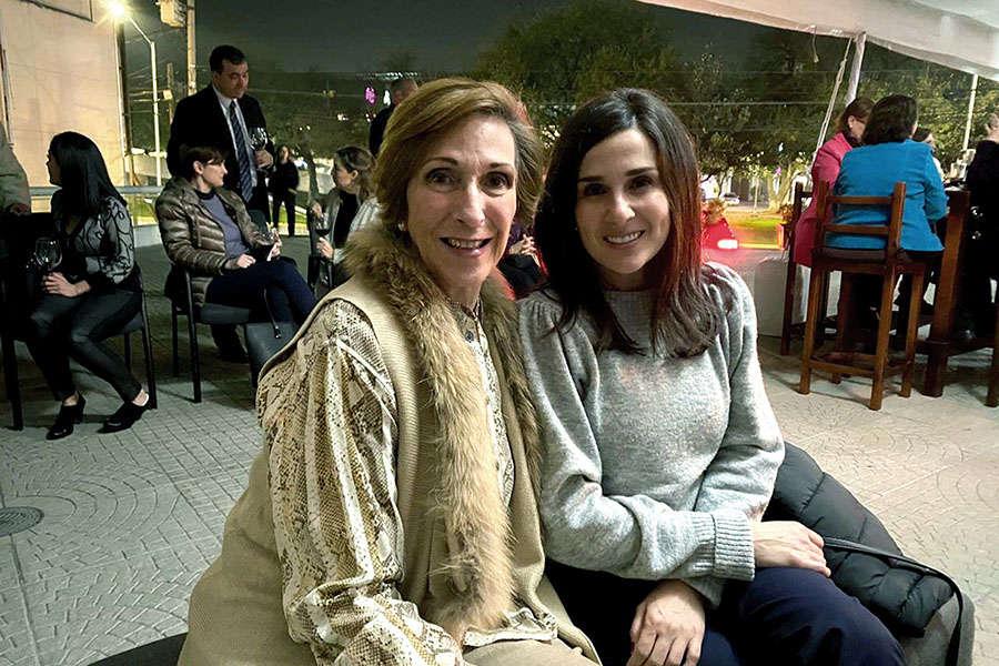 Laura Guerra y Mónica Montalvo