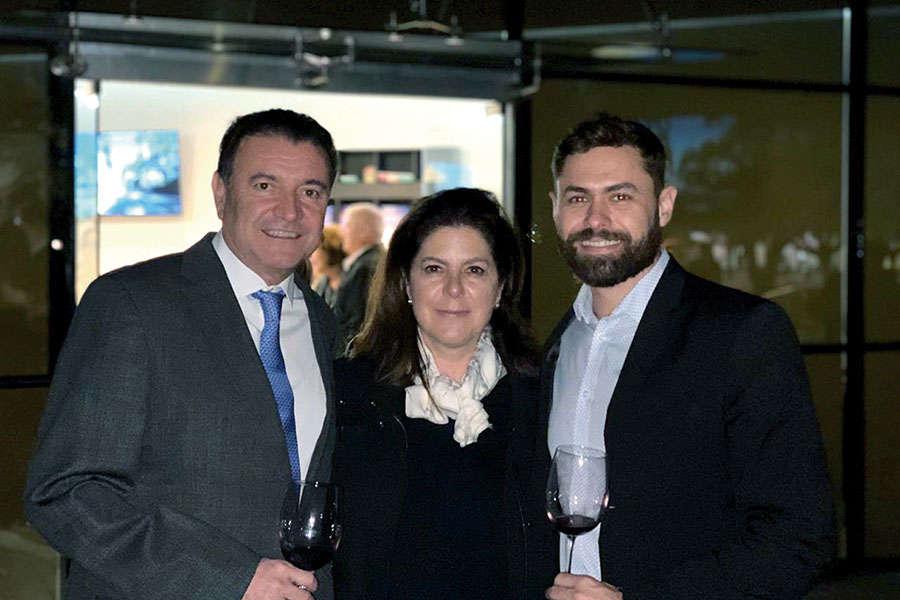 Raúl Lazo de la Vega,  Paola Prieto y Joao Filho