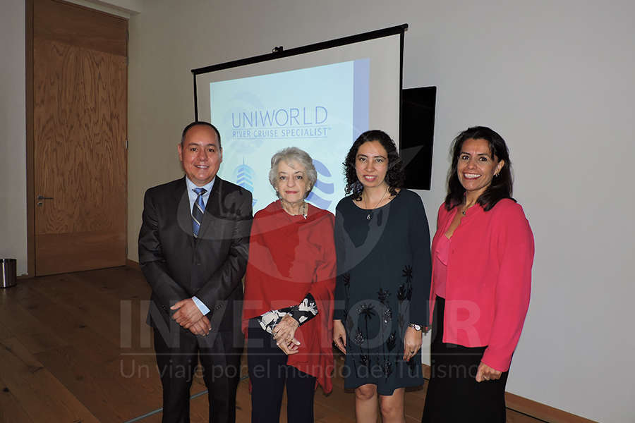 Humberto Avelar, María Luisa Luengas, Linda Loranca y Nora Negroe