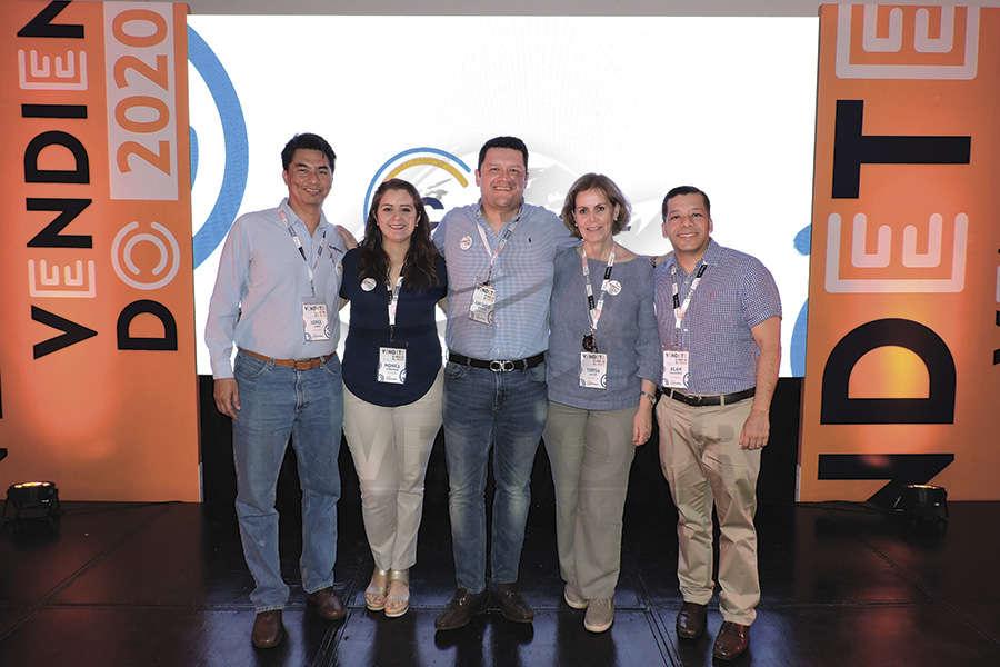 Jorge Torres, Mónica Cárdenas, Juan Camilo Rincón, Teresa Latapi y Alan Gallardo