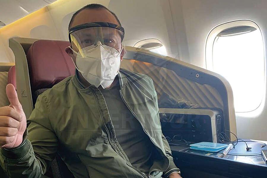 Miguel Galicia a bordo del vuelo de reinauguración de LATAM a Perú
