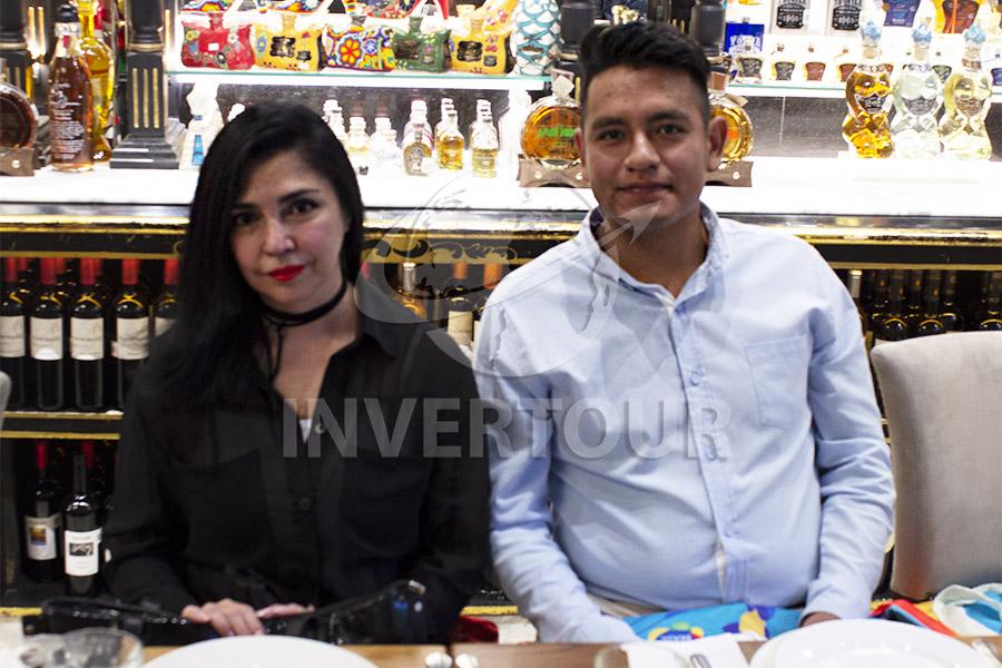 Elizabeth Meza y Fernando López