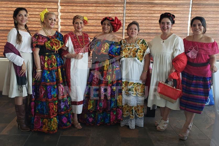 Sofía Peñaloza,  Patricia Cervantes, Nora Blaisten, Ana Rosa Reyes, Blanca Hernández, Gabriela Nieves y Yahel González